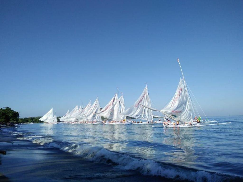 Lestarikan Budaya, Lomba Perahu Sandeq Digelar di Polewali