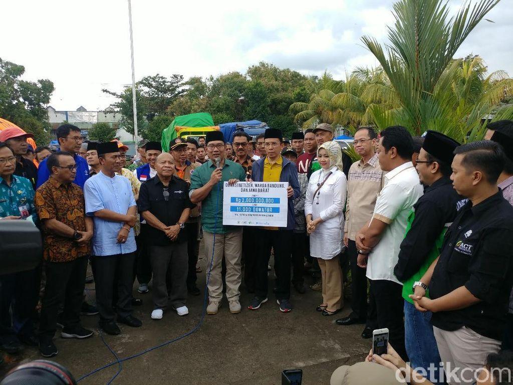 Ridwan Kamil Salurkan Bantuan Rp 2 Miliar ke Korban Gempa Lombok