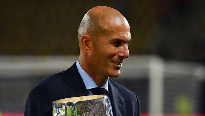 Pelatih asal Prancis, Zinedine Zidane. (Foto: Dan Mullan/Getty Images)