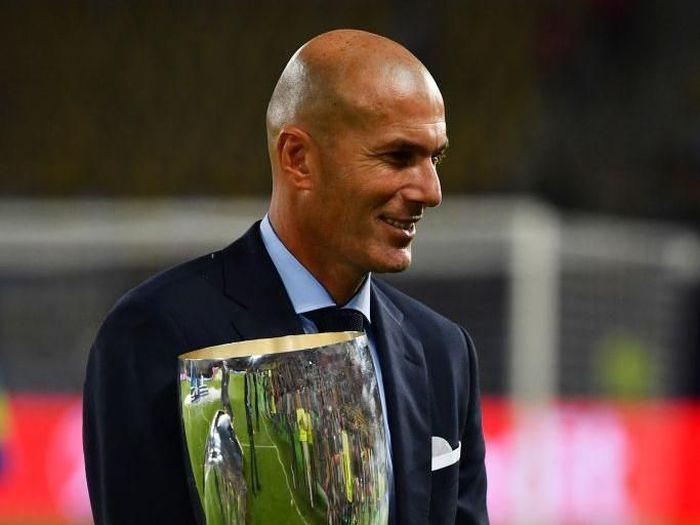 Zinedine Zidane berada di posisi teratas bursa taruhan calon manajer baru Chelsea (Dan Mullan/Getty Images)