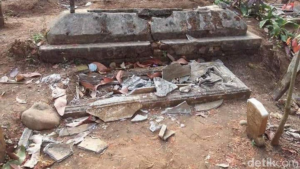 Perusak Makam di Malang, Kades: Dugaan Kita Orang Gila