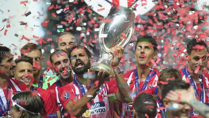 Atletico Madrid juara Piala Super Eropa. (Foto: Alexander Hassenstein/Getty Images)