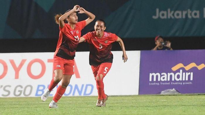 Timnas sepakbola putri Indonesia menggunduli Maladewa dengan skor 6-0 (Foto: Zabur Karuru/Antara Foto)