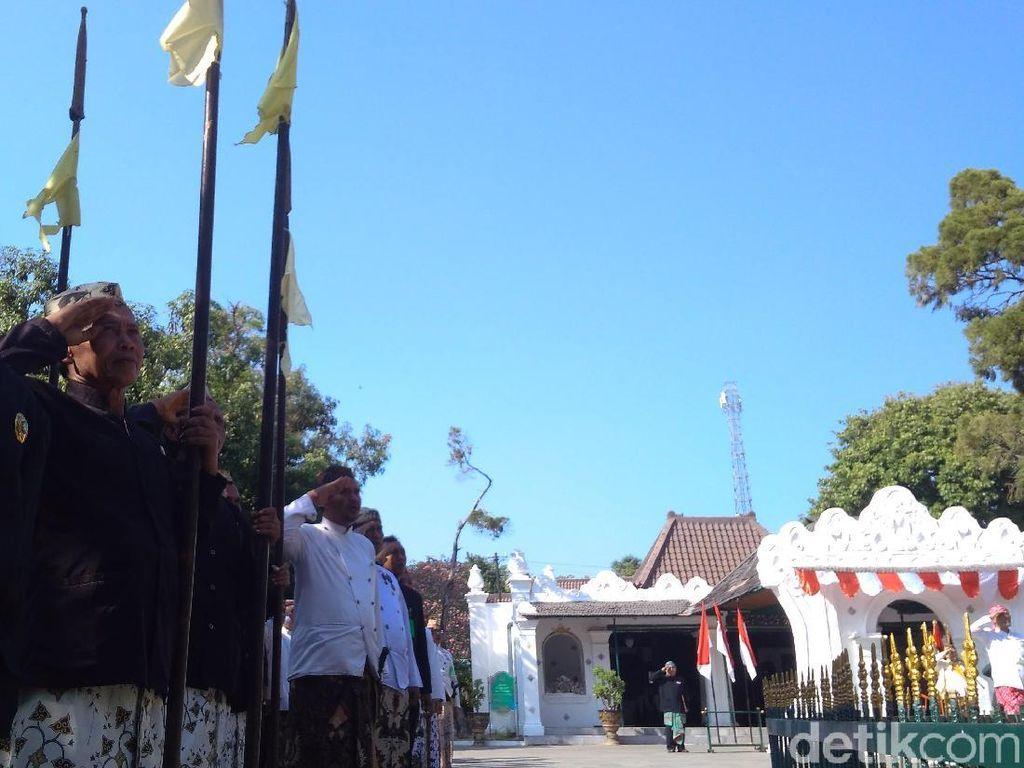 Mengintip Uniknya Upacara HUT RI di Keraton Kasepuhan Cirebon