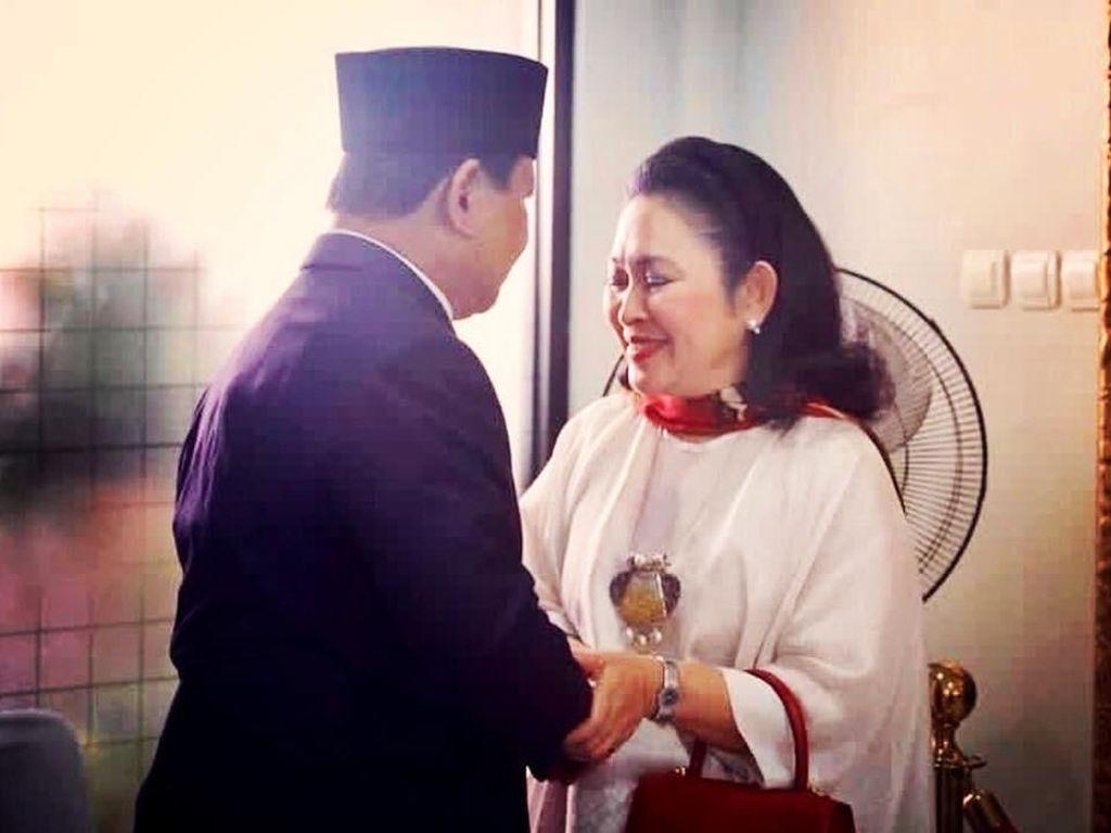 Saat Titiek Soeharto Beri Sinyal Jadi Ibu Negara