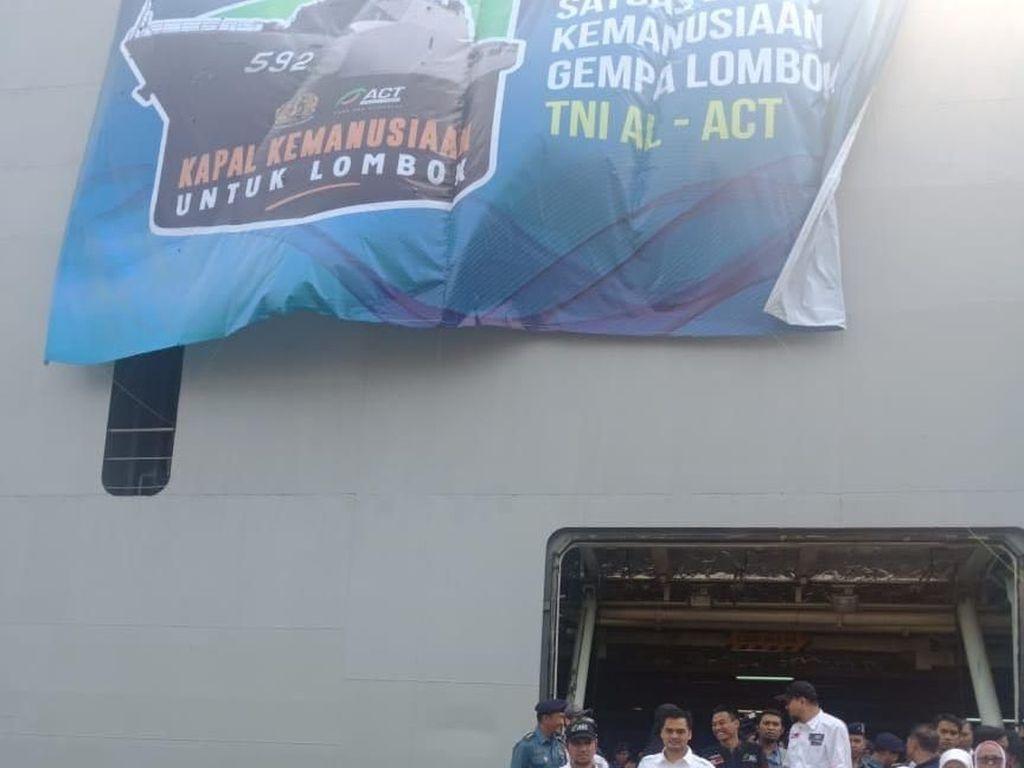 Bawa 850 Ton Logistik, Kapal Kemanusiaan Lombok Mulai berlayar