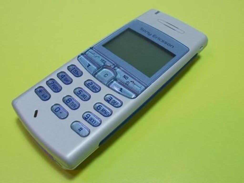 Ponsel Hitam Putih Legenda, Anda Mungkin Pernah Punya