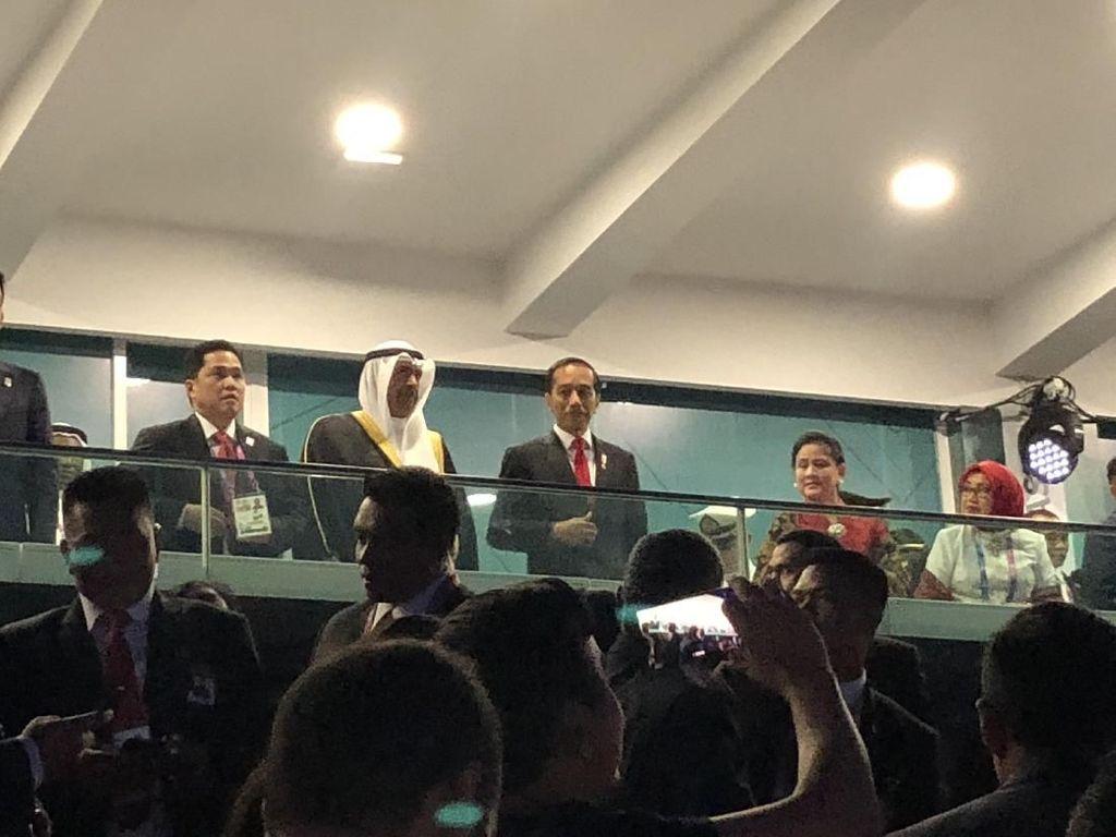 Jokowi dan Iriana Sambut Hangat Kontingen Indonesia