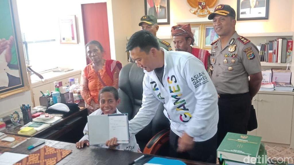 Duduk di Kursi Menpora, Joni Tulis Pesan untuk Anak Indonesia
