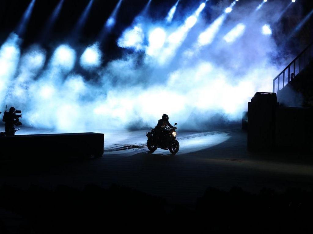 Stuntman Jokowi di Asian Games: Disorot Oposisi, Dibela Koalisi