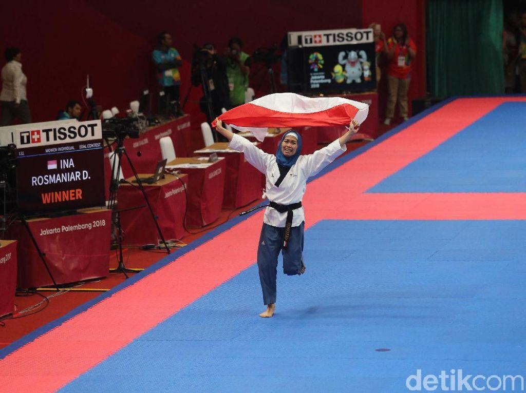 Defia Rosmaniar Persembahkan Emas Pertama untuk Indonesia di Asian Games 2018