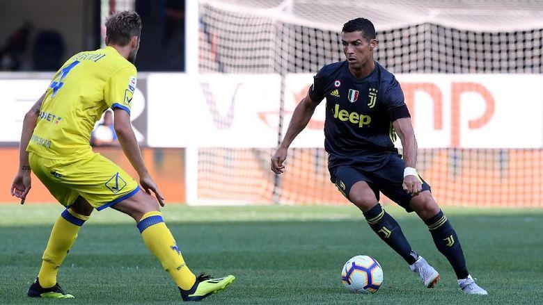 Allegri Takkan Takut-Takut Cadangkan Ronaldo