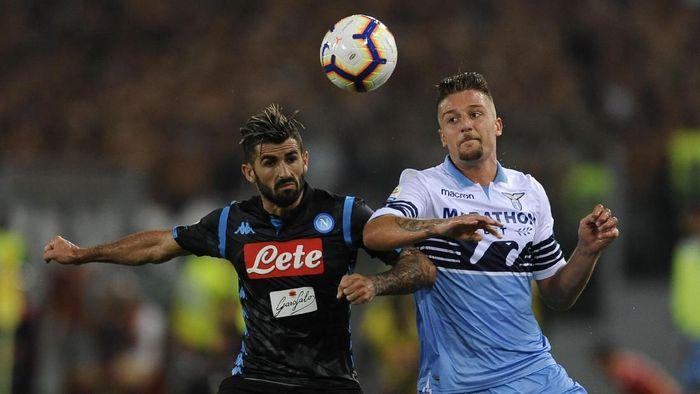 Napoli menang 2-1 atas Lazio. (Foto: Marco Rosi/Getty Images)
