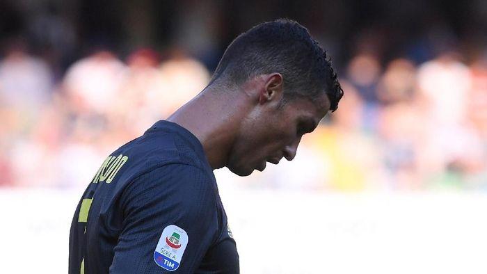 Cristiano Ronaldo menjalani debutnya bersama Juventus tanpa mencetak gol (REUTERS/Alberto Lingria)