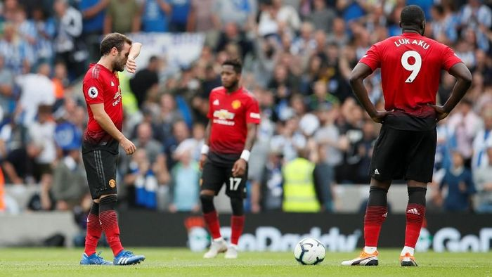 Manchester United kalah 2-3 dari Brighton di pekan kedua Premier League. (Foto: David Klein/Reuters)