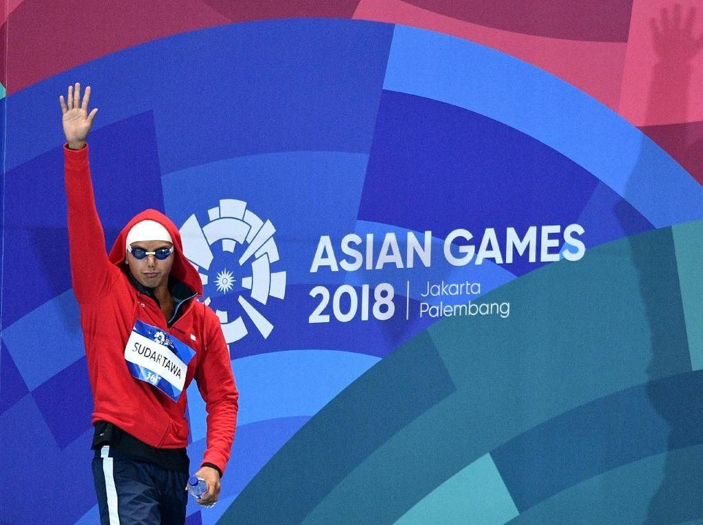 Lolos ke Final 50 M Gaya Punggung, Siman Juga Pecah Rekornas