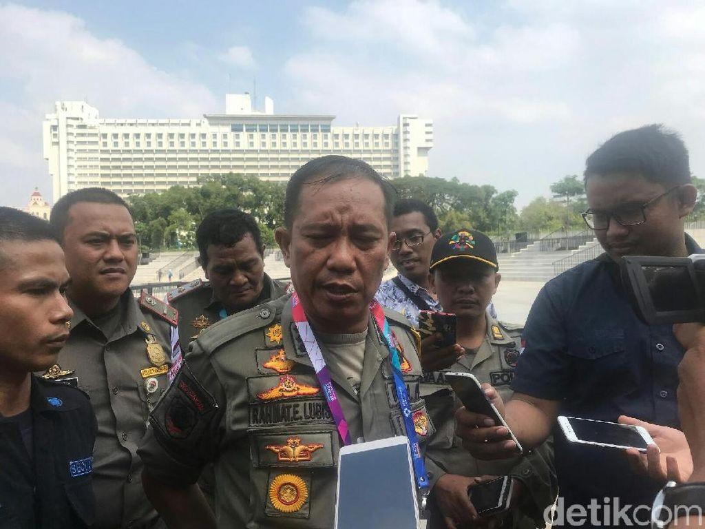 Satpol PP Bantah Aniaya Pria Gangguan Mental di Lapangan Banteng