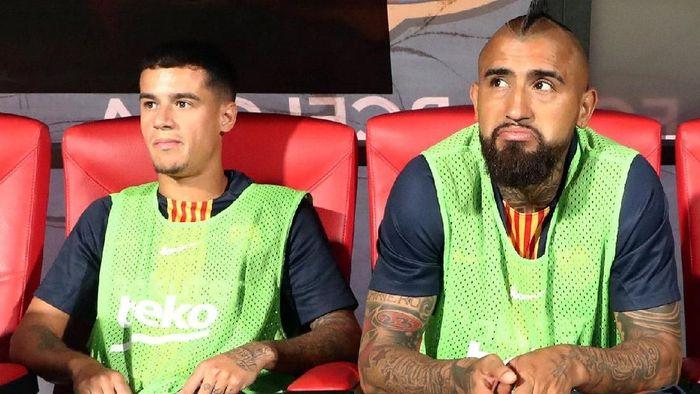 Musim ini Barcelona punya banyak pemain mahal di bangku cadangan (Foto: Sergio Perez/Reuters)