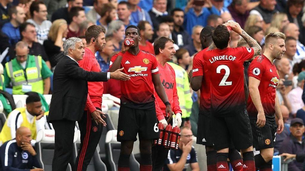Pemain-Pemain MU Jangan Sembunyi di Balik Mourinho Terus