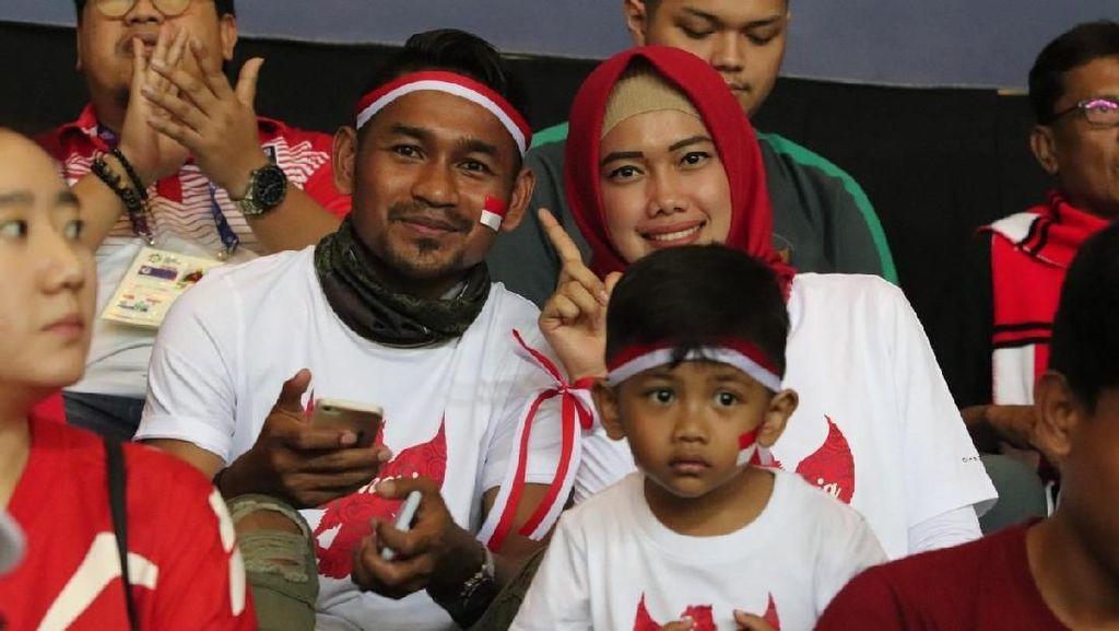 Ramdani Lestaluhu Dukung Langsung Timnas U-23 di Stadion Patriot