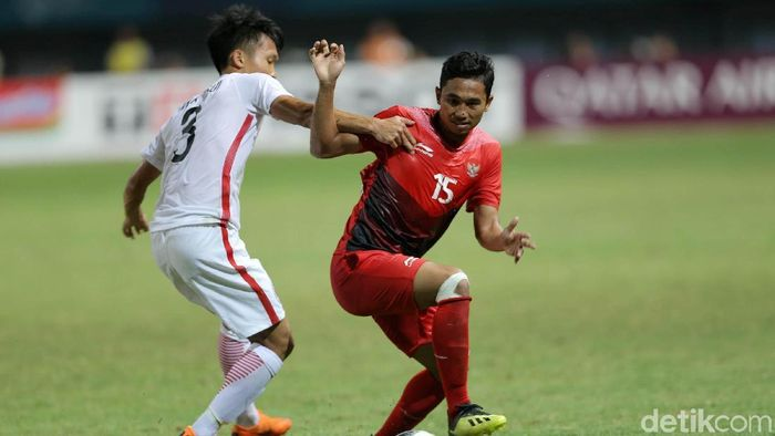 Indonesia menang 3-1 atas Hong Kong dan lolos ke babak 16 besar cabang olahraga sepakbola putra Asian Games 2018 (Foto: Agung Pambudhy)