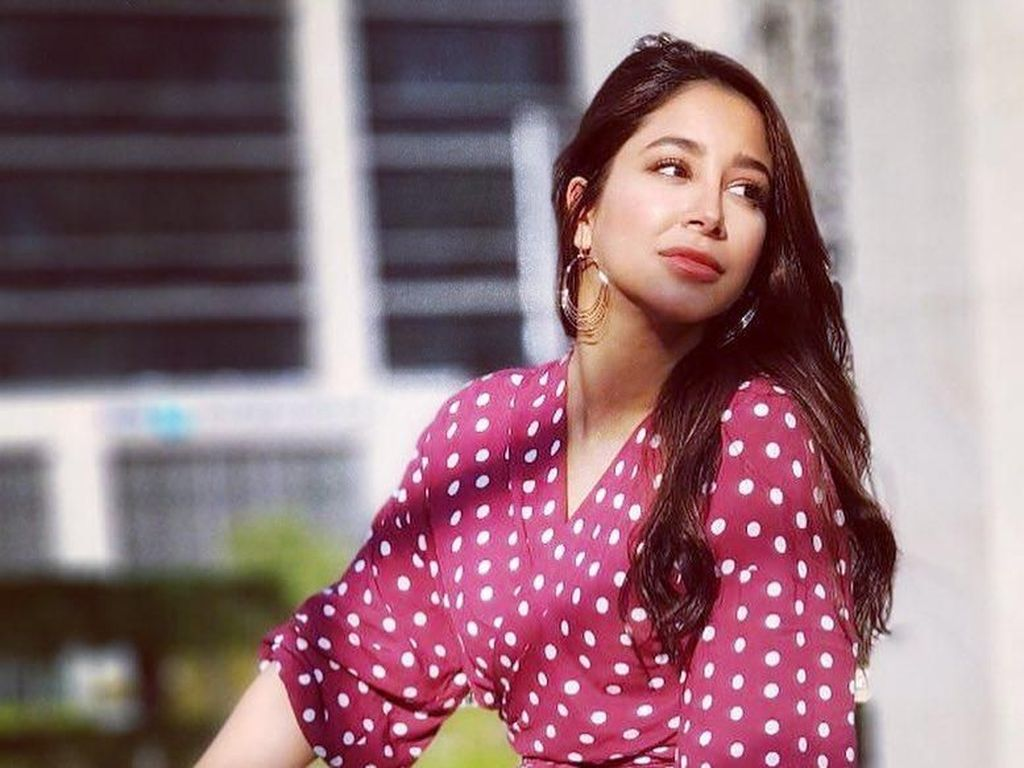 Foto: Liburannya Aseel Omran, Penyanyi Arab yang Cover Lagu Via Vallen