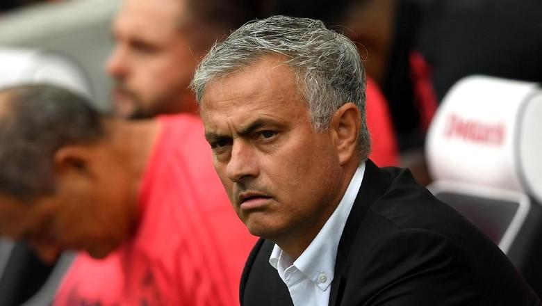 Bahaya Posisimu, Mourinho