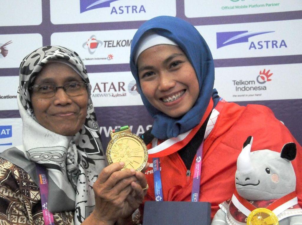 Raih Emas Pertama Buat RI, Lihat Bugarnya Defia Saat Latihan Taekwondo