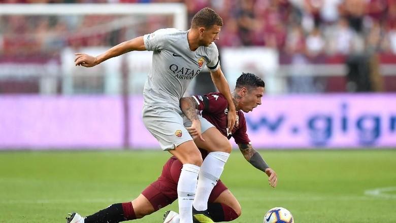 Hasil Liga Italia: Gol Telat Dzeko Bawa Roma Tekuk Torino