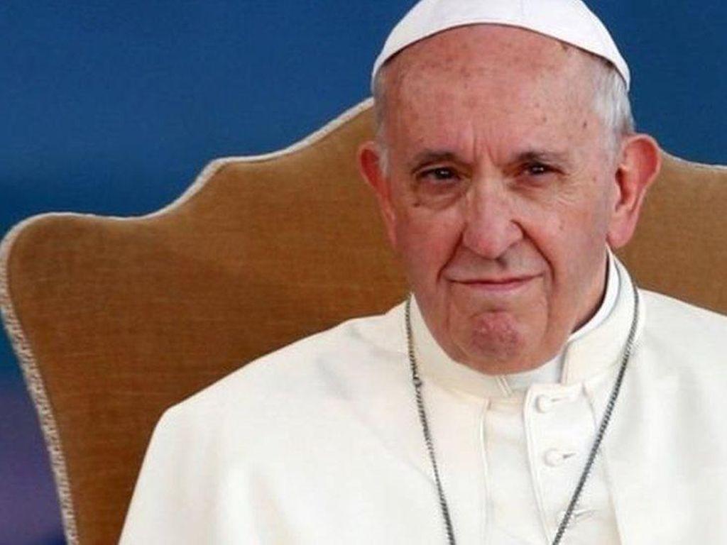 Paus Fransiskus Desak Pastor Predator Serahkan Diri