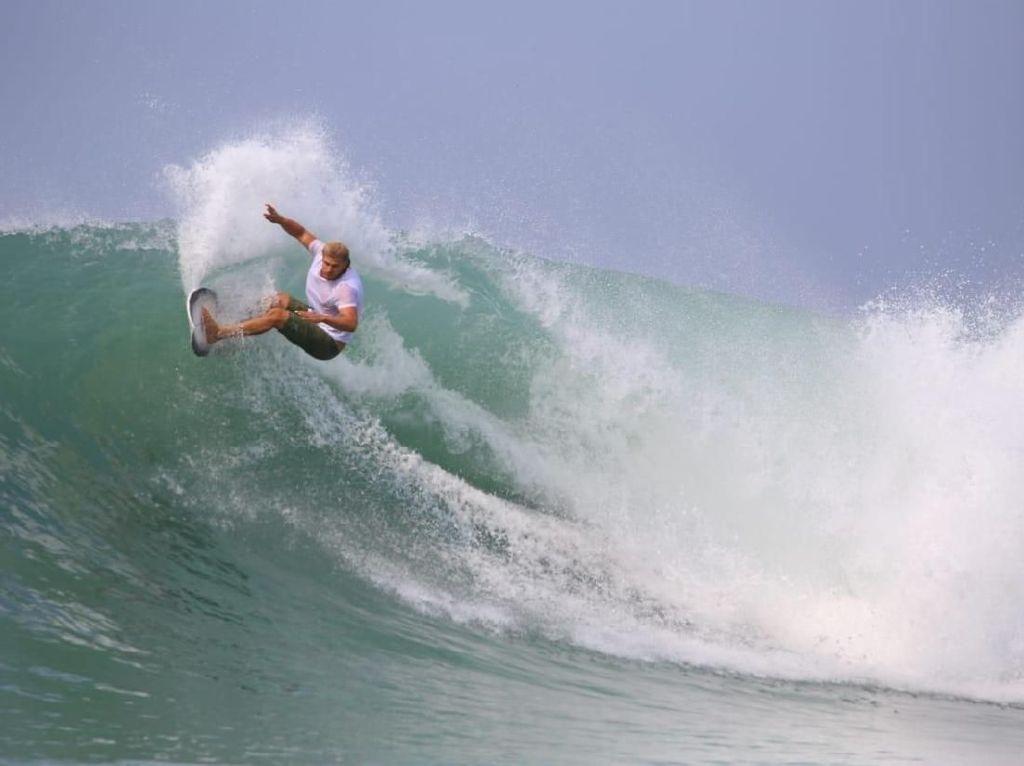Nias Pro 2018, Ajang Surfer Dunia Bersaing di Pantai Sorake