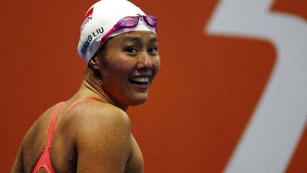 Perenang asal China Liu Xiang mencetak rekor dunia baru untuk nomor 50 meter gaya punggung.