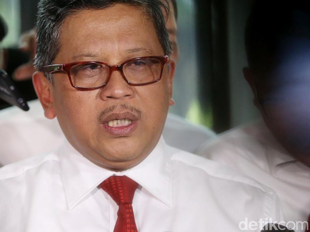 Hasto: Soetrisno Bachir Apresiasi Kepemimpinan Jokowi