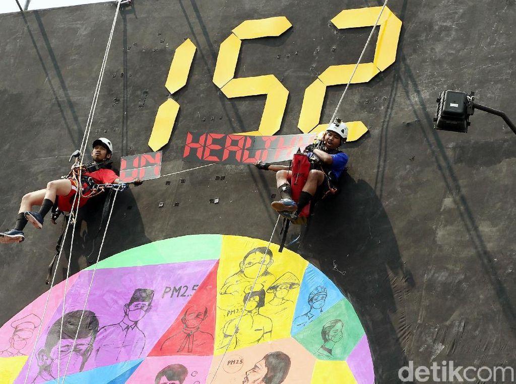 Lewat Baliho, Greenpeace Kampanyekan Soal Polusi Udara di Jakarta