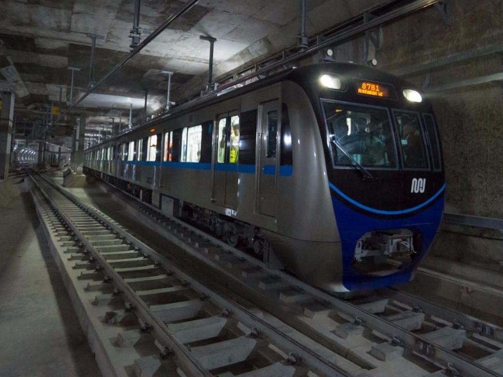 Hore! Kereta MRT Jakarta Sudah Sampai di Terowongan Bundaran HI