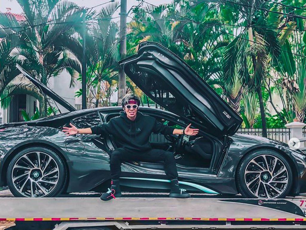 Sudah Naksir Selama 6 Bulan, Atta Halilintar Mampu Beli BMW i8