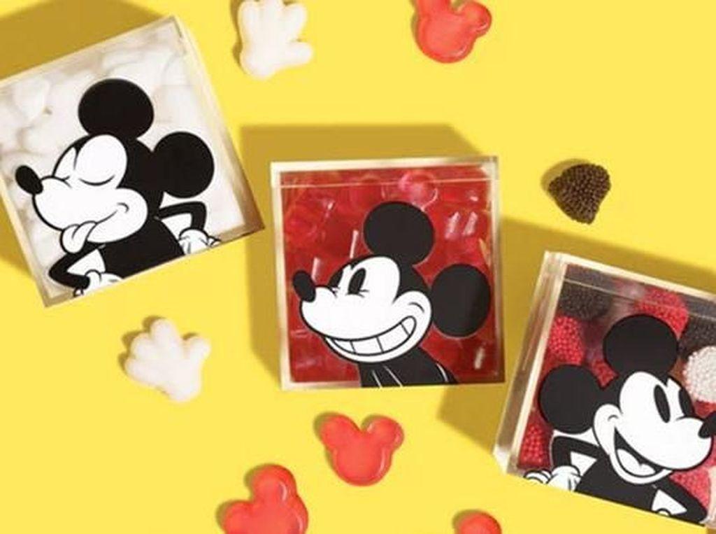 Wah, Ada Permen Mickey Mouse Menggemaskan pada Ulang Tahunnya Ke-90!