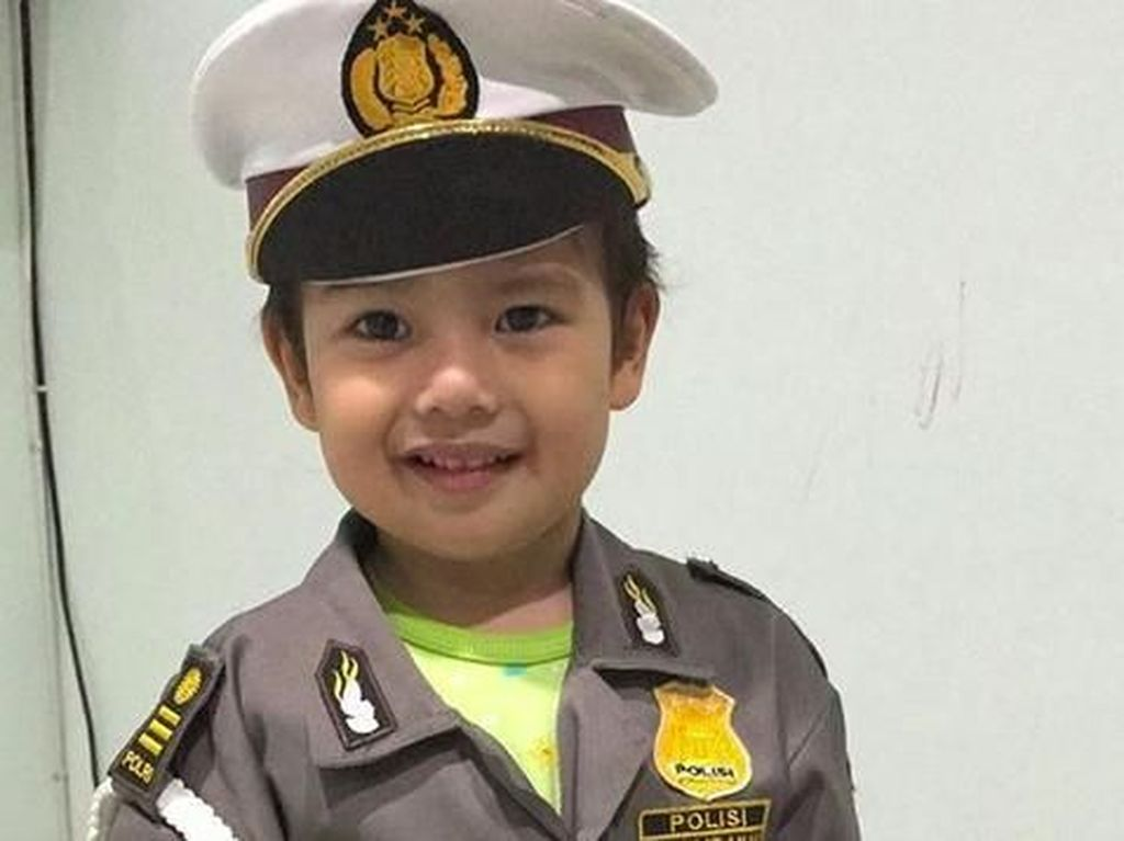 10 Potret Menggemaskan Anak Sulung Pebulu Tangkis Tontowi Ahmad
