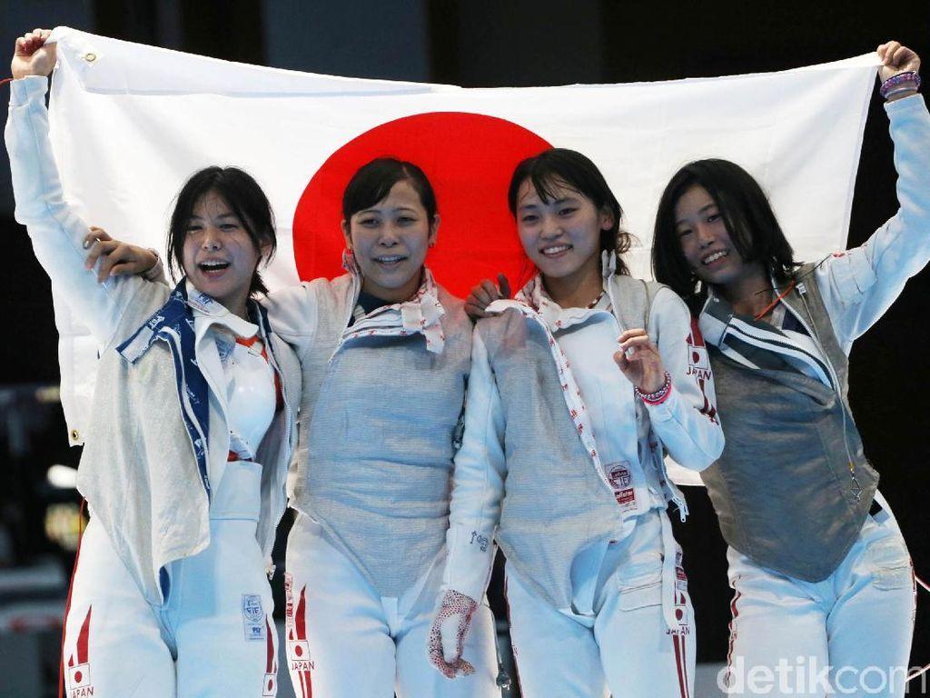 Jepang Raih Emas Anggar Beregu Putri Asian Games