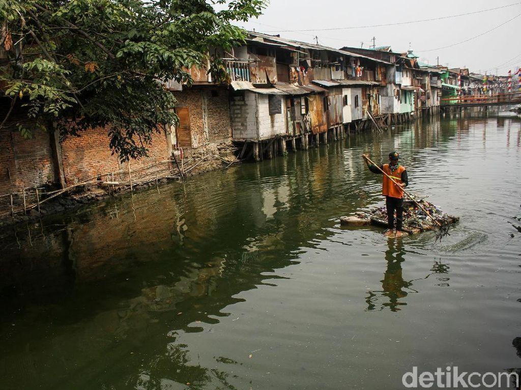 Belum Seperti Sungai di Seoul, Normalisasi Ciliwung Baru 48%