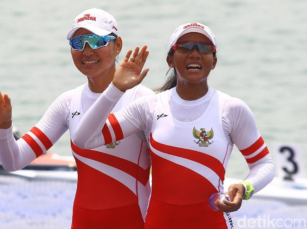 Yayah Rokayah Persembahkan Medali buat Indonesia, Pelatih, dan Suami