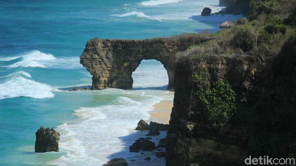 Foto: Batu 12 Apostles dari Sumba