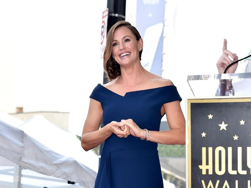 Cerai dari Ben Affleck, Jennifer Garner Punya Teman Kencan Baru