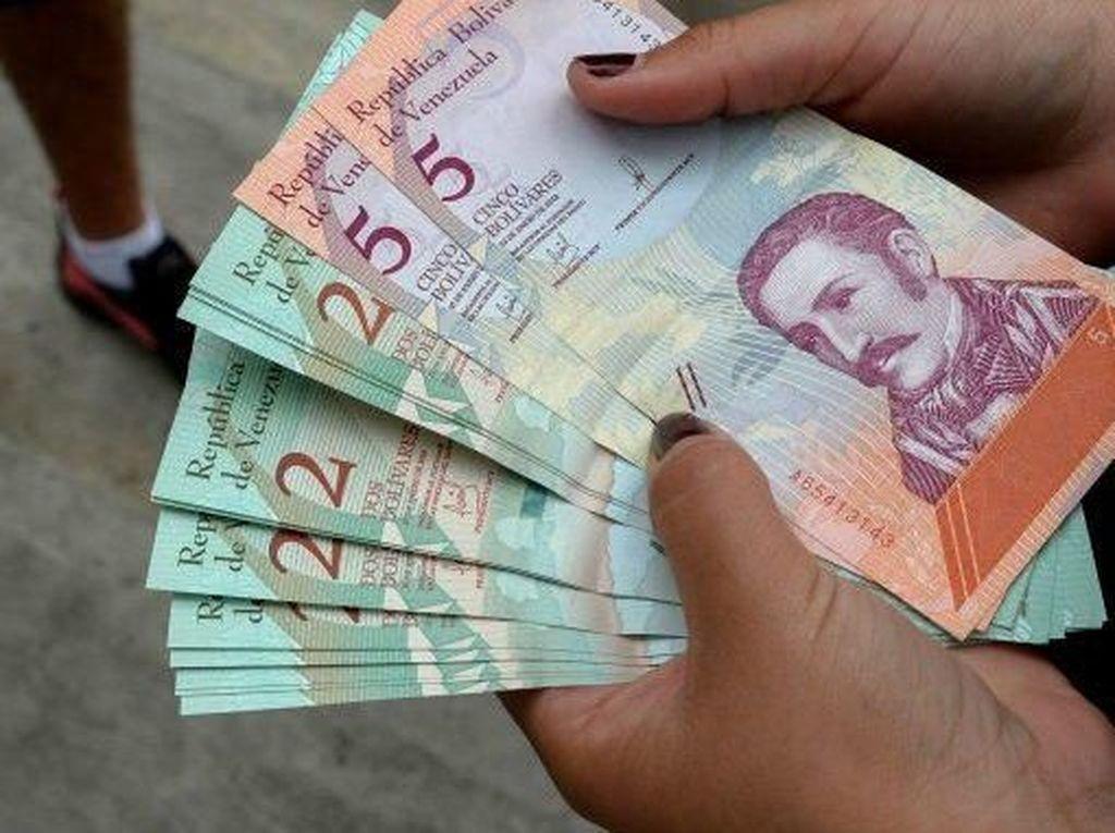 Hobi Cetak Uang dan Batasi Dolar AS, Venezuela Alami Inflasi Parah
