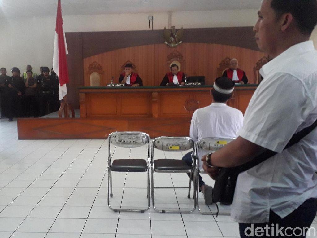Pembunuh Ustaz Prawoto Divonis 7 Tahun Penjara