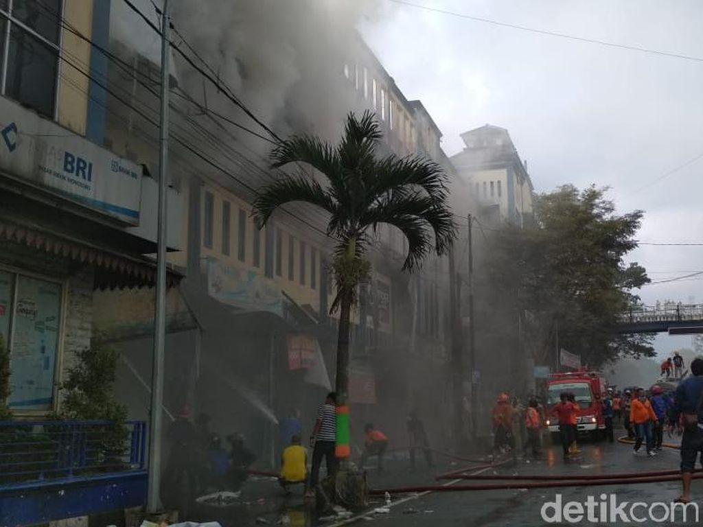 Setelah 3,5 Jam, Kebakaran Pasar Induk Wonosobo Berhasil Dipadamkan
