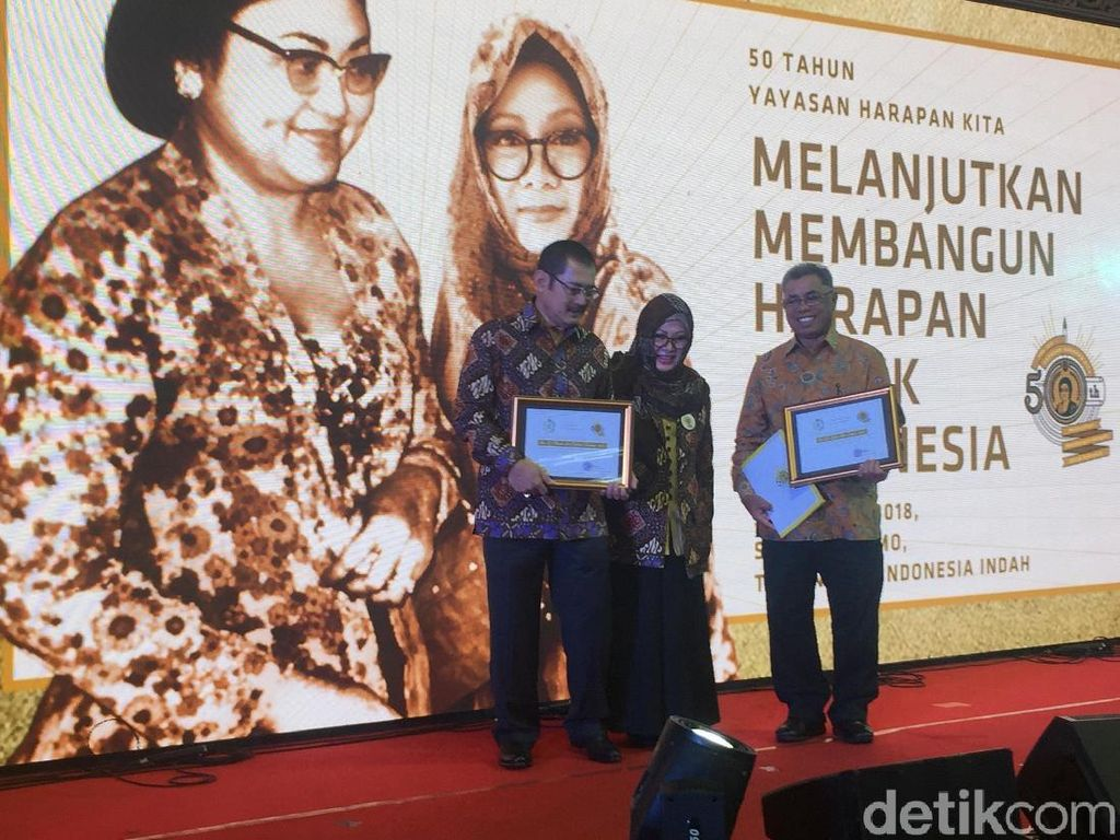 Tutut Kenang Ibu Tien di Ultah Ke-50 Yayasan Harapan Kita