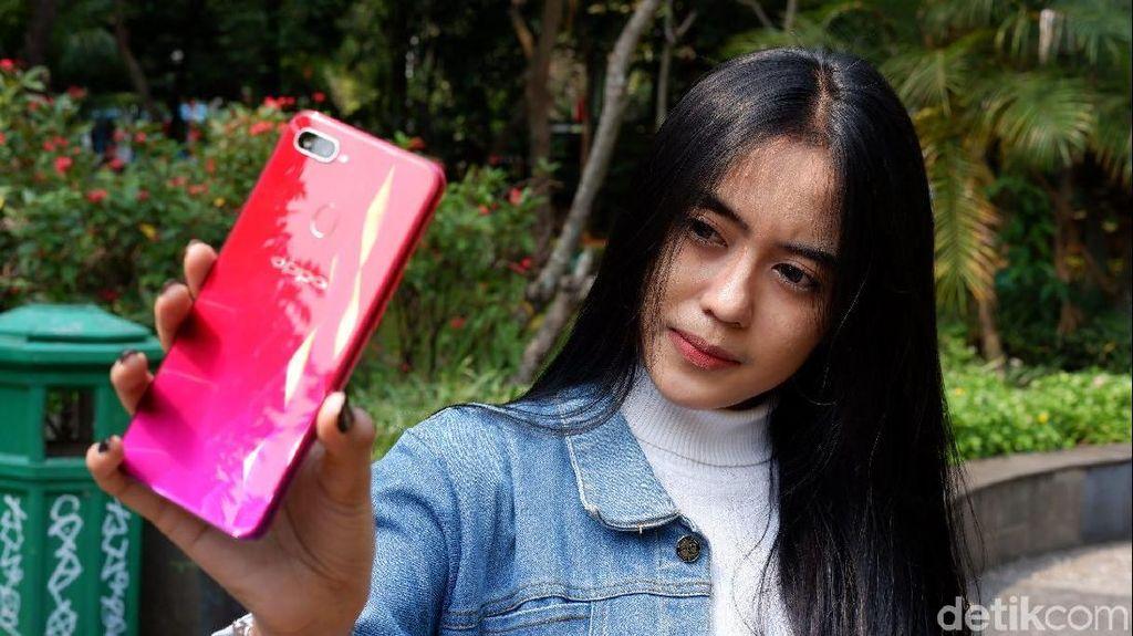 Unboxing Oppo F9, Ponsel yang Tak Sekadar Selfie