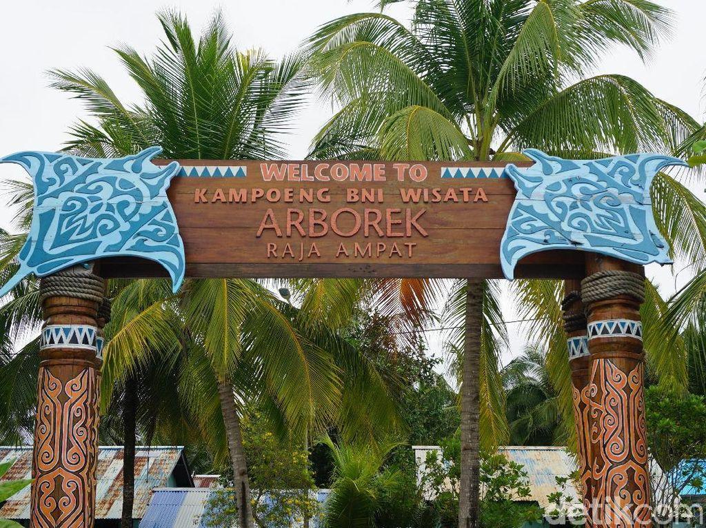 Potret Kampung Arborek yang Jadi Surga Penyelam Dunia