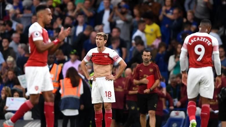 Bicarakan Kontrak Baru dengan Arsenal, Monreal Bermimpi Main Sampai 40 Tahun